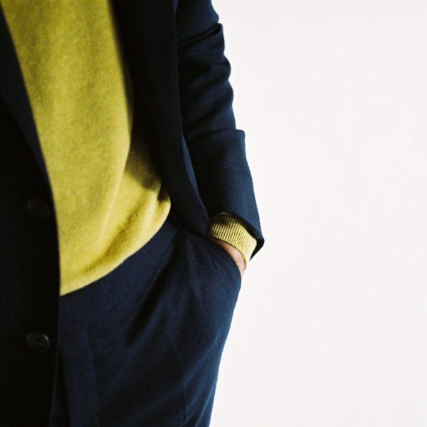 https://timothyeverest.co.uk/wp-content/uploads/2019/04/TImothy-Everest-Linen-Knitwear-9-600x600.jpg